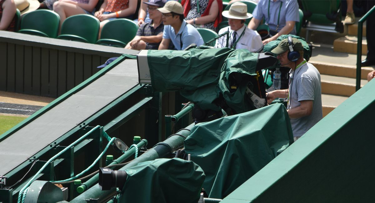 Camera rain cover wimbeldon tennis